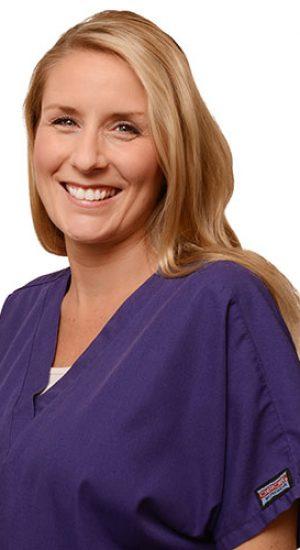 Leanne Headshot